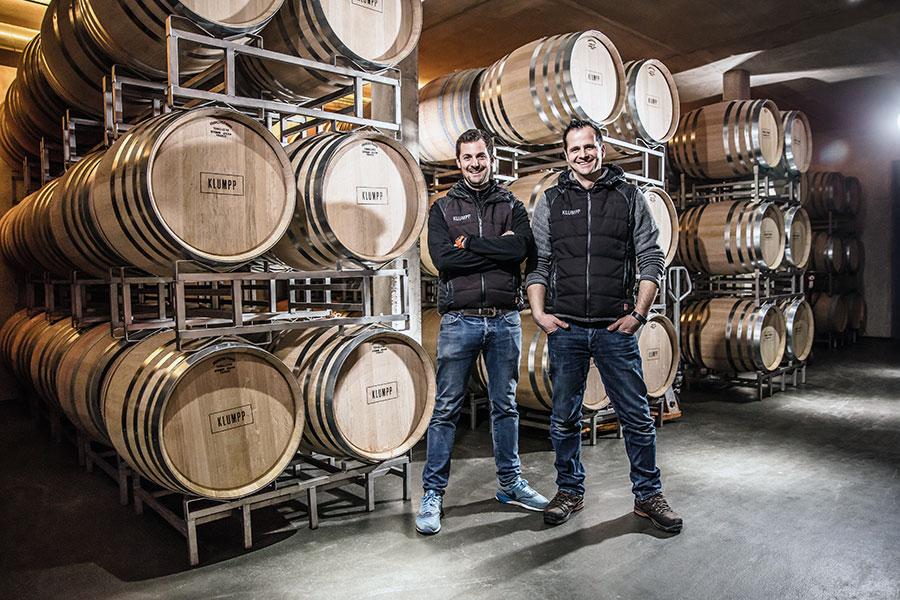 Brüder Klumpp im Weinkeller